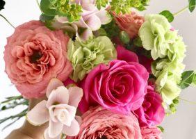 ピンク系の花がもたらす心理的効果